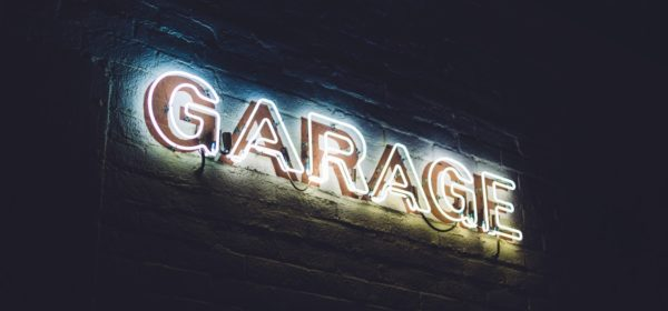 L'enseigne d'un garage
