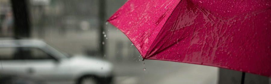 De fortes pluies sur une ville